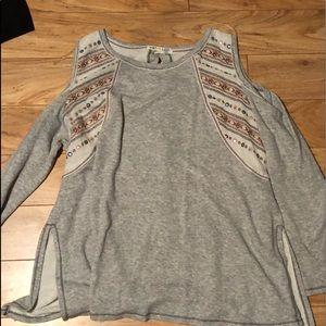 Long sleeve sweater type shirt